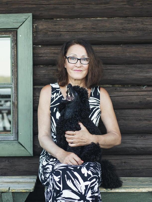 Hannele Rämön perhe sairastui hometalosta 90-luvulla, jolloin sisäilmaongelmista ei vielä puhuttu.