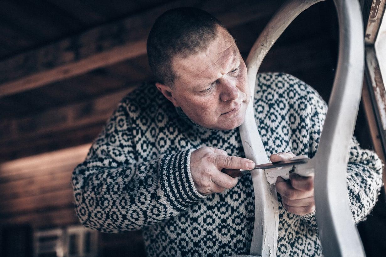 Vesa ja Mirva arvostavat perinteisiä käsityötaitoja.
