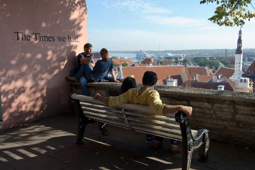 Vanhaakaupunkia voi ihailla näköalapaikoilta.