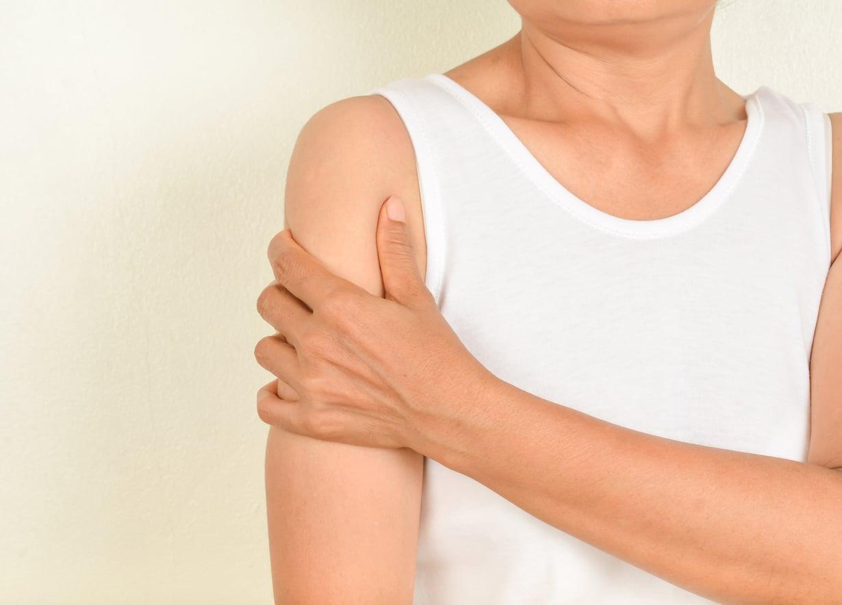 Käsivarren puutuminen voi olla vaaratonta – tai sitten merkki jostain vakavammasta.