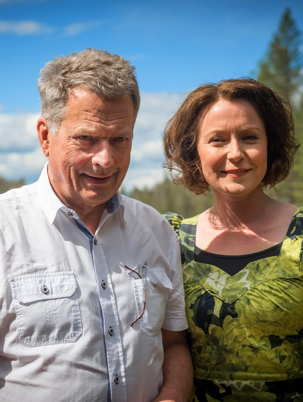 Tasavallan presidentti Sauli Niinistö ja Jenni Haukio vierailulla uudessa kansallispuistossa Hossassa kesäkuussa 2017.