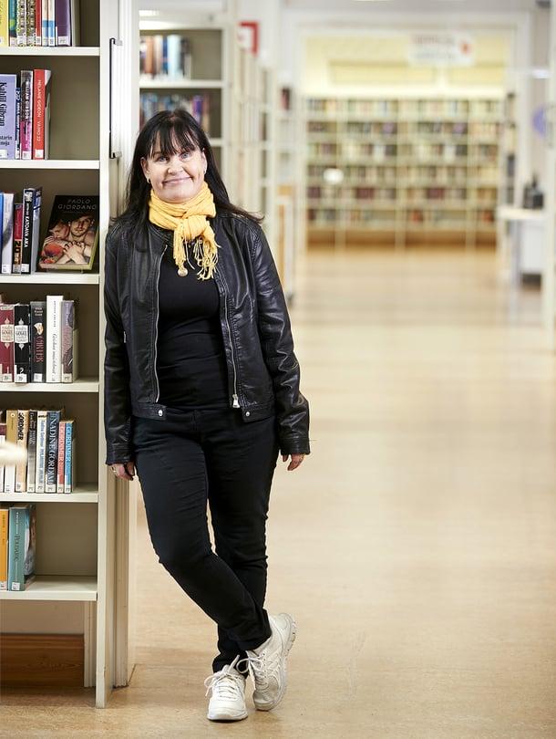 Laulajana tunnetun Tuula Amberlan, 58, työpaikka on Uudenkaupungin kirjastossa.