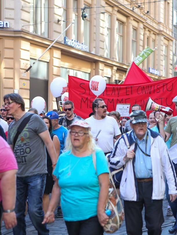 Hyvinvointia, ei leikkauksia  mielenosoitus järjestettiin elokuussa.