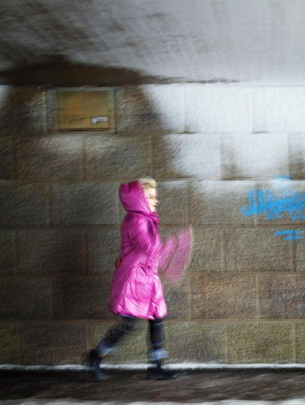 Liikkuminen on  Eilakaija Sippolle elinehto. Hän tekee pitkän lenkin lähes joka aamu.