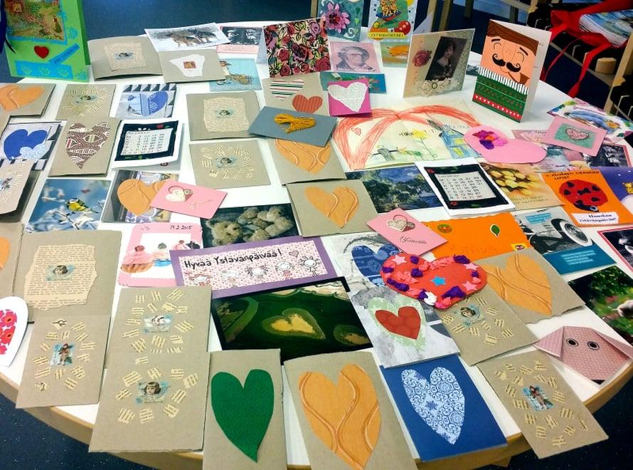Ystävänpäiväkortteja tuli Helsingin Seniorisäätiöön yli 3000.