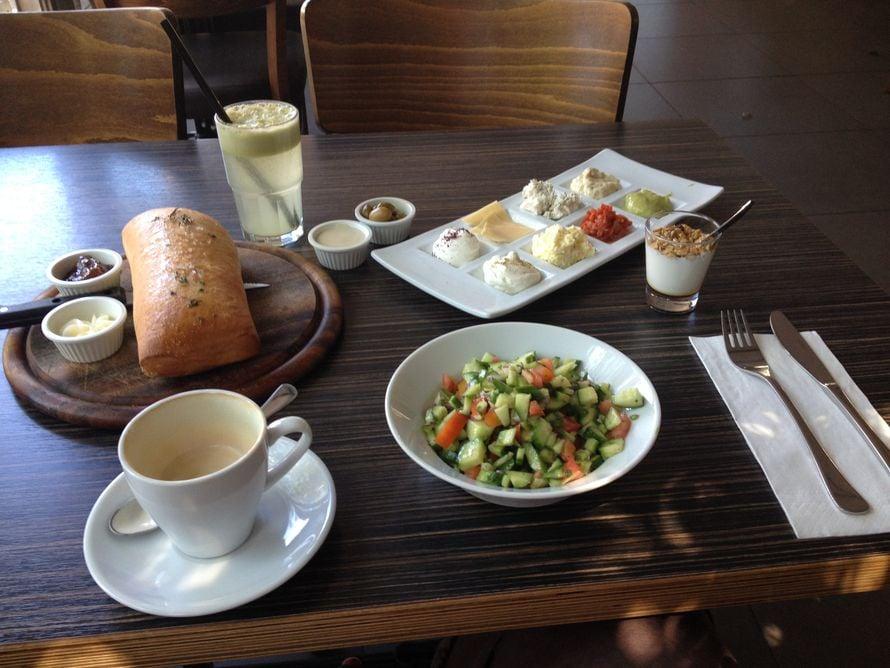 """""""Aivan mahtava aamupala Israelin tapaan."""""""