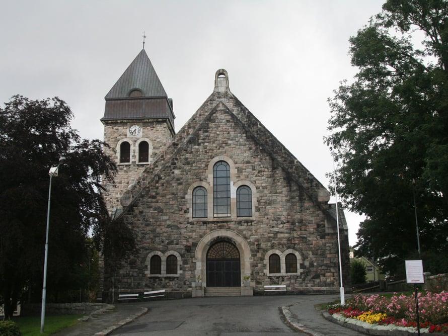 Ålesundin komea kirkko.