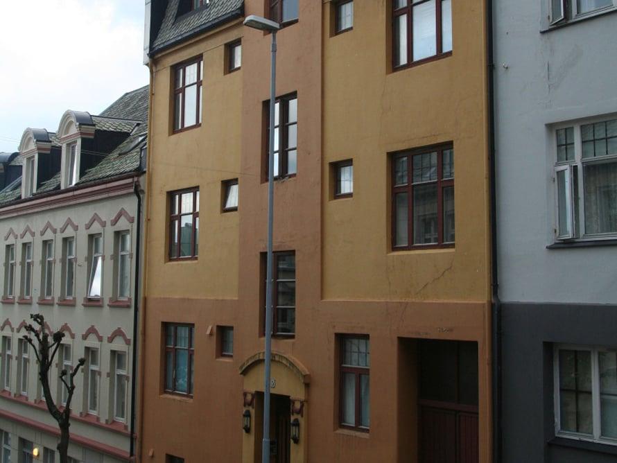 Ålesund tunnetaan jugend-kaupunkina. Talot ovatkin satumaisen kauniita