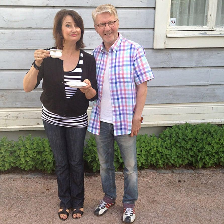 Elokuvan pääosanäyttelijät Heidi Herala ja Pirkka-Pekka Petelius tauolla.
