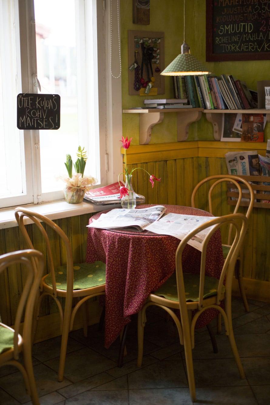 Suloinen kahvila Roheline maja tekee Viljandin parhaimman kahvin, se oli todella hyvää.