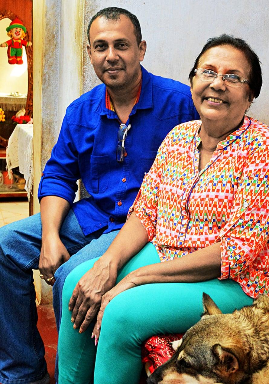 Intiassa on tavallista, että monta sukupolvea asuu yhdessä. Paulan talouteen kuuluu myös hänen poikansa Roy ja Rani-koira.
