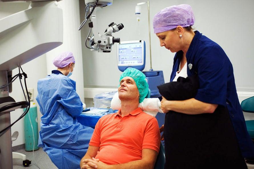 Riston leikkaus kestää noin puoli tuntia.