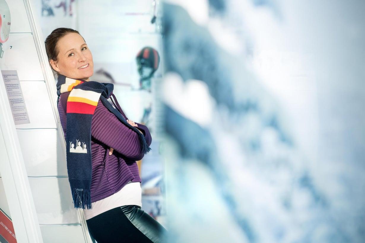 Aino-Kaisa Saarisen mukaan hänen ja Tom Gustafssonin 2,5-vuotias Amanda-tytär on fiksu ja jääräpäinen.