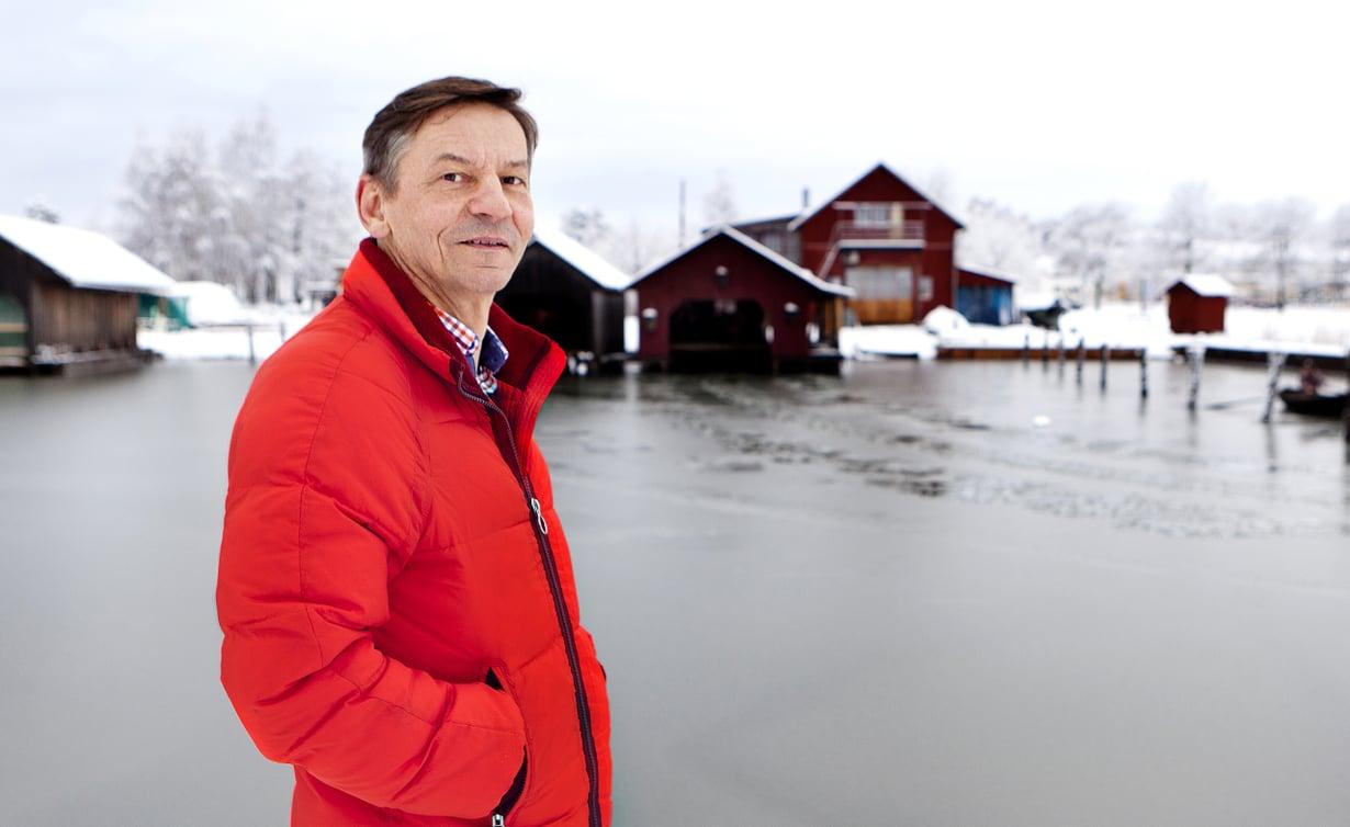 – Olen aina halunnut asua meren äärellä. Kesämökkini Vårdön saaristossa on maailman hienoin paikka, Gerts Friman sanoo.