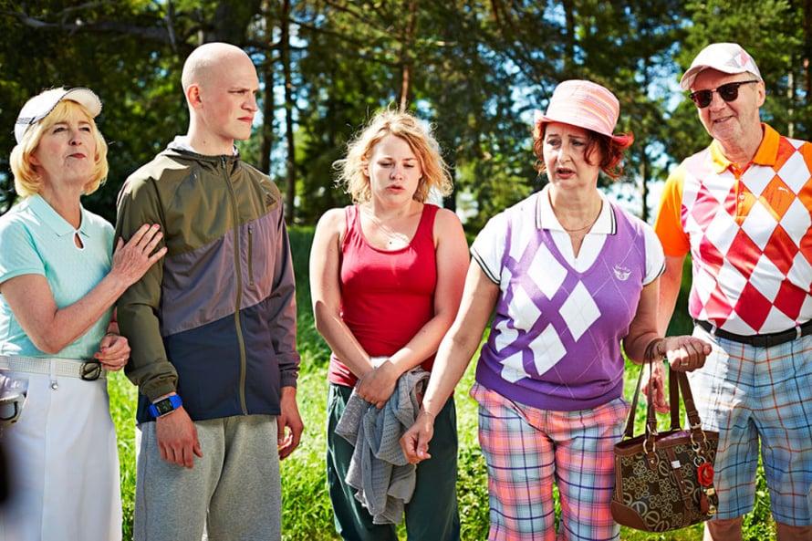 Elokuvan pääosia esittävät Leena Uotila, Riku Nieminen, Emma Parviainen, Heidi Herala ja Pirkka-Pekka Petelius.