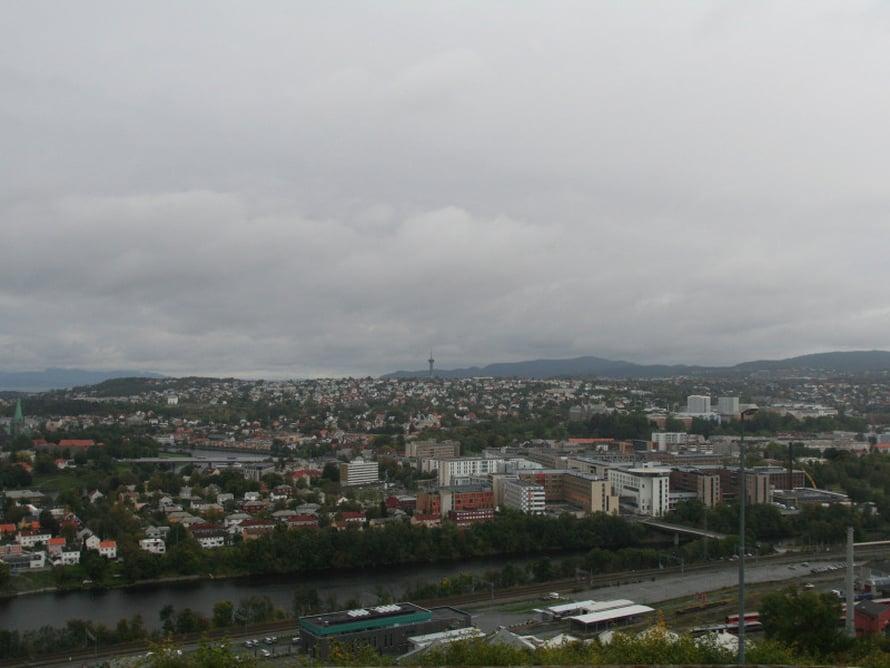 Trondheim tuntureilta käsin.