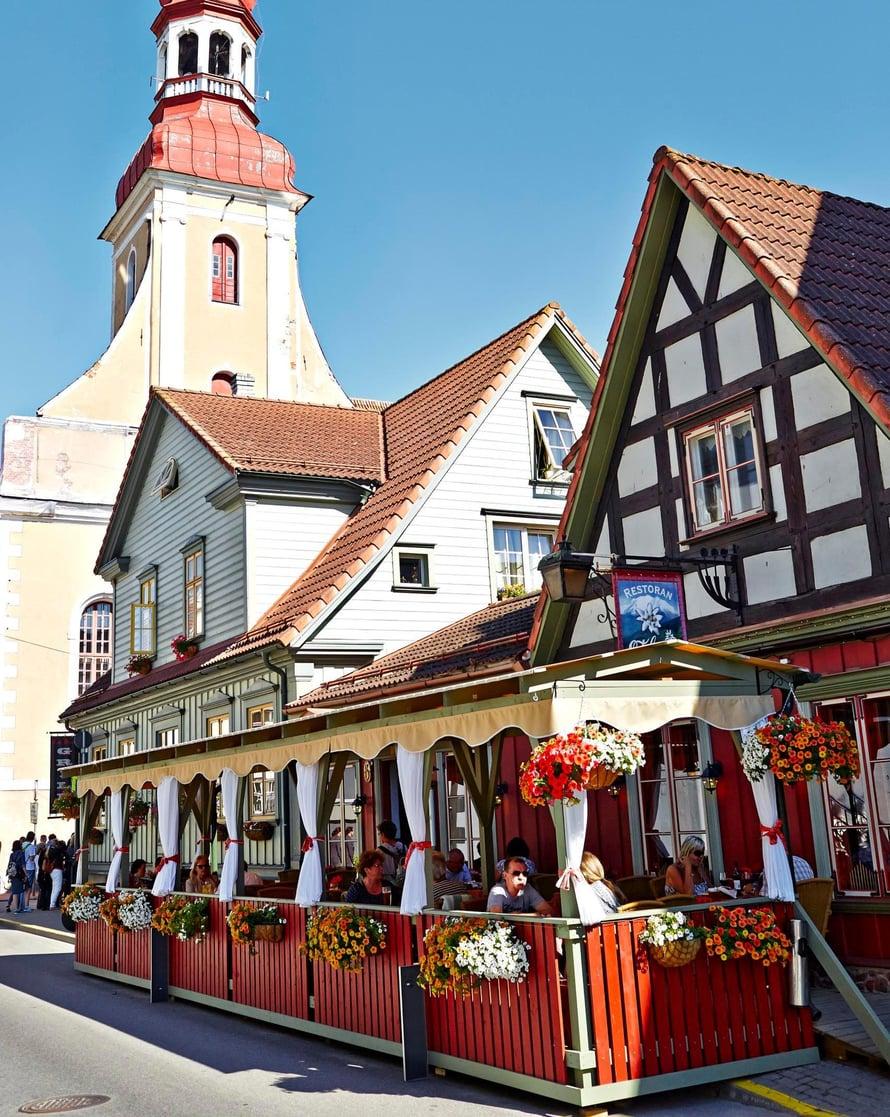 Itävaltalaistyylisessä ravintola Edelweississa on hyvä hinta-laatusuhde.