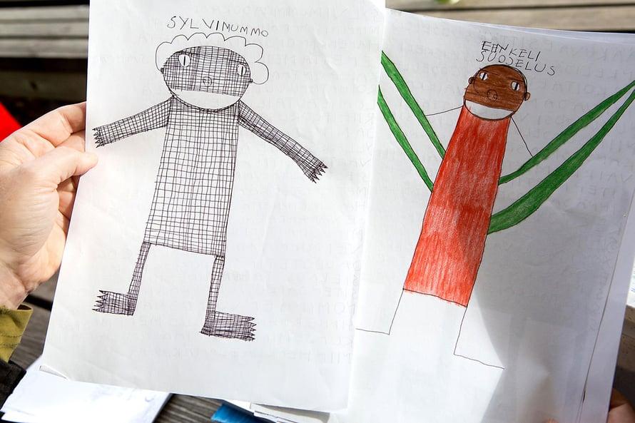 Kuva Sylvi-mummosta on Jannelle tärkeä: hahmon ruudut ja raidat ovat mummon ryppyjä.