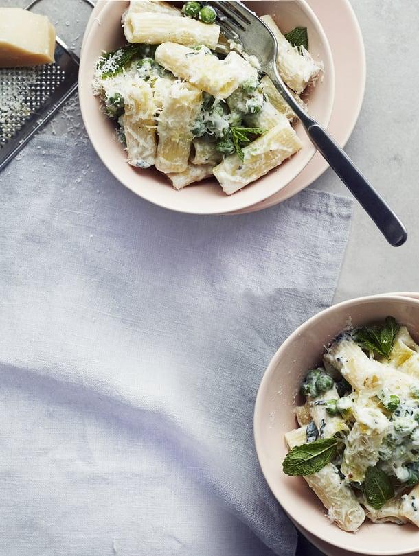 Maailman helpoin juustokastike: raasta ja sekoita!