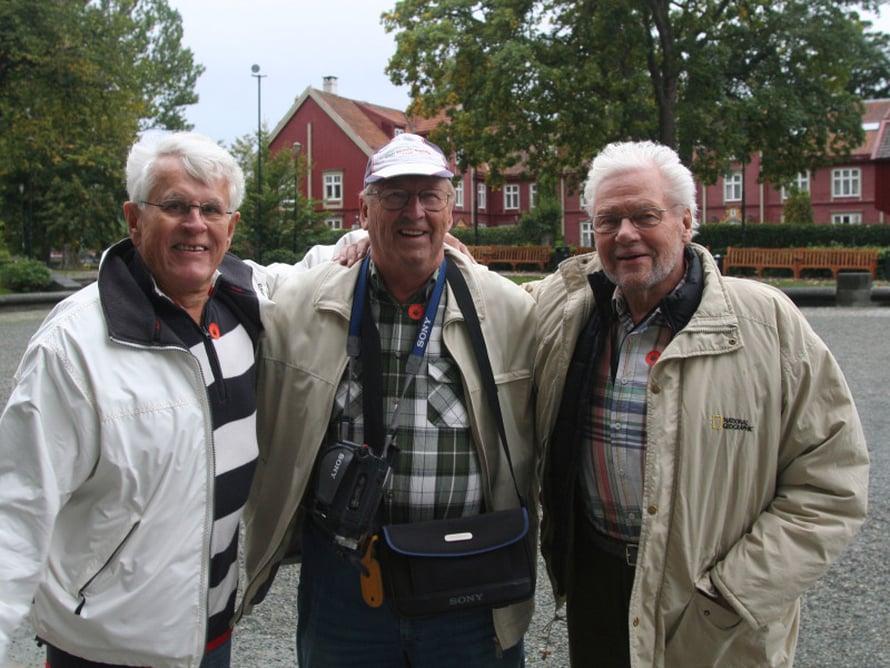 Syntymäpäivien merkeissä ovat laivalla myös ahvenanmaalaiset ystävykset, merikarhut Rainer Jansson, 80, Harald Hage, 78, ja Börje Karlberg, 77. He ovat unelmoineet Hurtigutenista poikavuosista lähtien.
