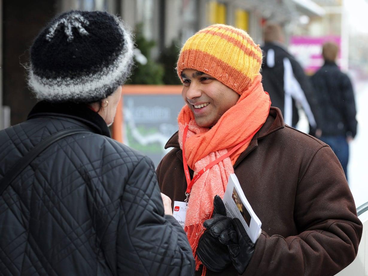 """Ranjith """"Raparperi"""" Kumar on toisen kauden kaupunginvaltuutettu. Ensi talvena hän osallistuu eduskuntavaaleihin."""