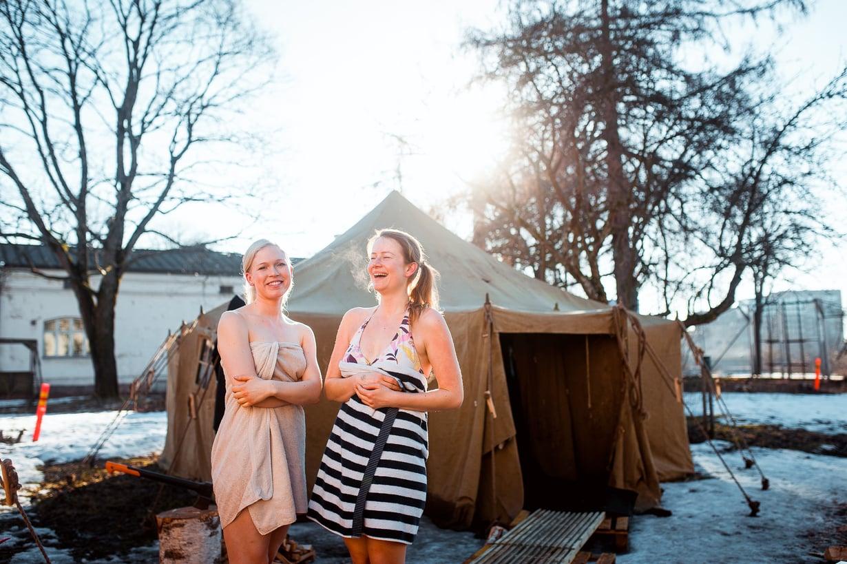 Helsinki Sauna Dayn osallistujia maaliskuussa 2016.