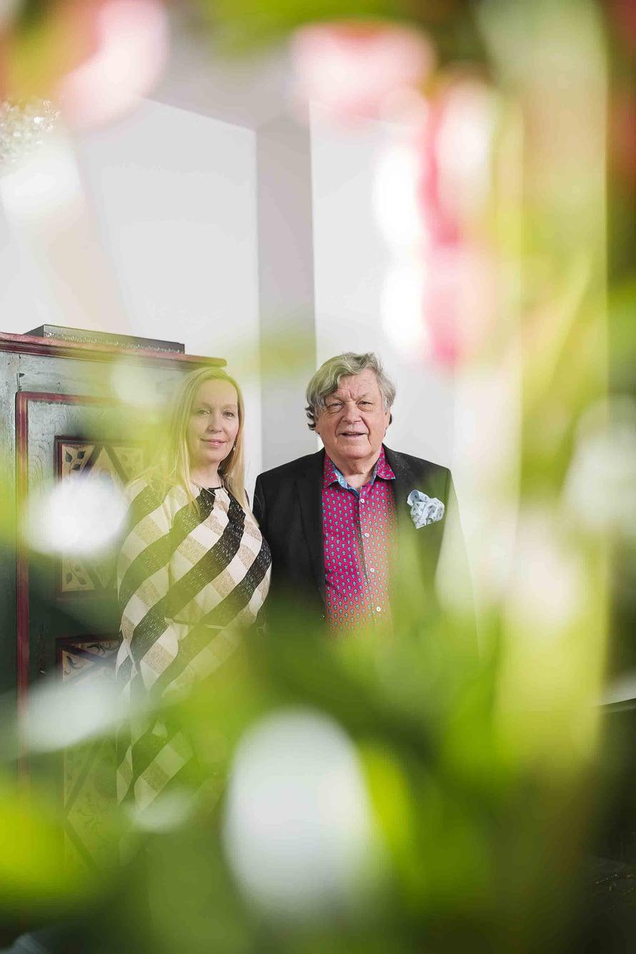 Tarmo ja Marja Kunnas asuivat vuosia Ranskassa, ja elsassilainen kaappi on muisto niiltä ajoilta.