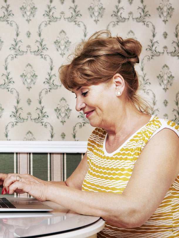 Suomessa oli toissavuonna noin 530 000 yksin asuvaa 45–74-vuotiasta. Tämän ikäisistä sinkuista naisia oli 54 prosenttia.