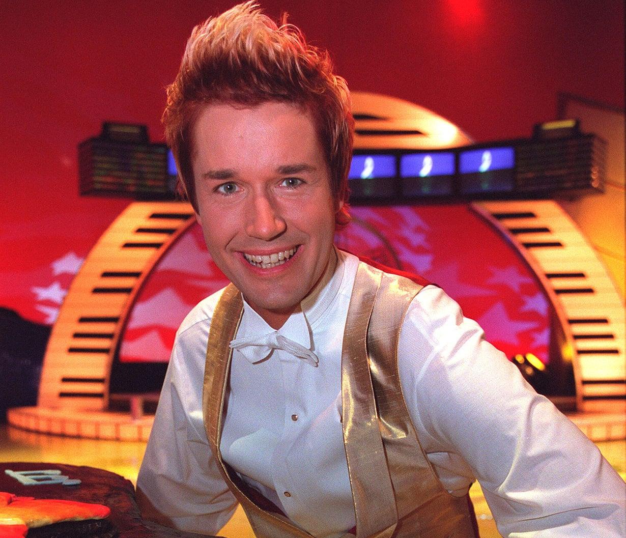 Marco Bjurström vuonna 2001 BumtsiBum-ohjelman 100. juhlajaksossa.