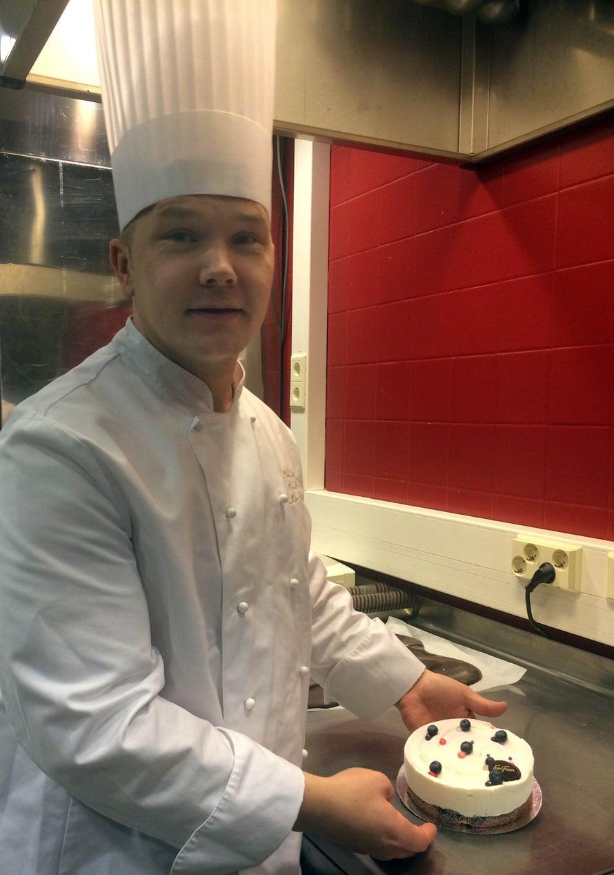 Eero on hankkinut paljon menestystä taidoillaan; muun muassa viime vuonna hän sijoittui toiseksi World Chocolate Masters -kilpailun Pohjoismaiden karsinnoissa.