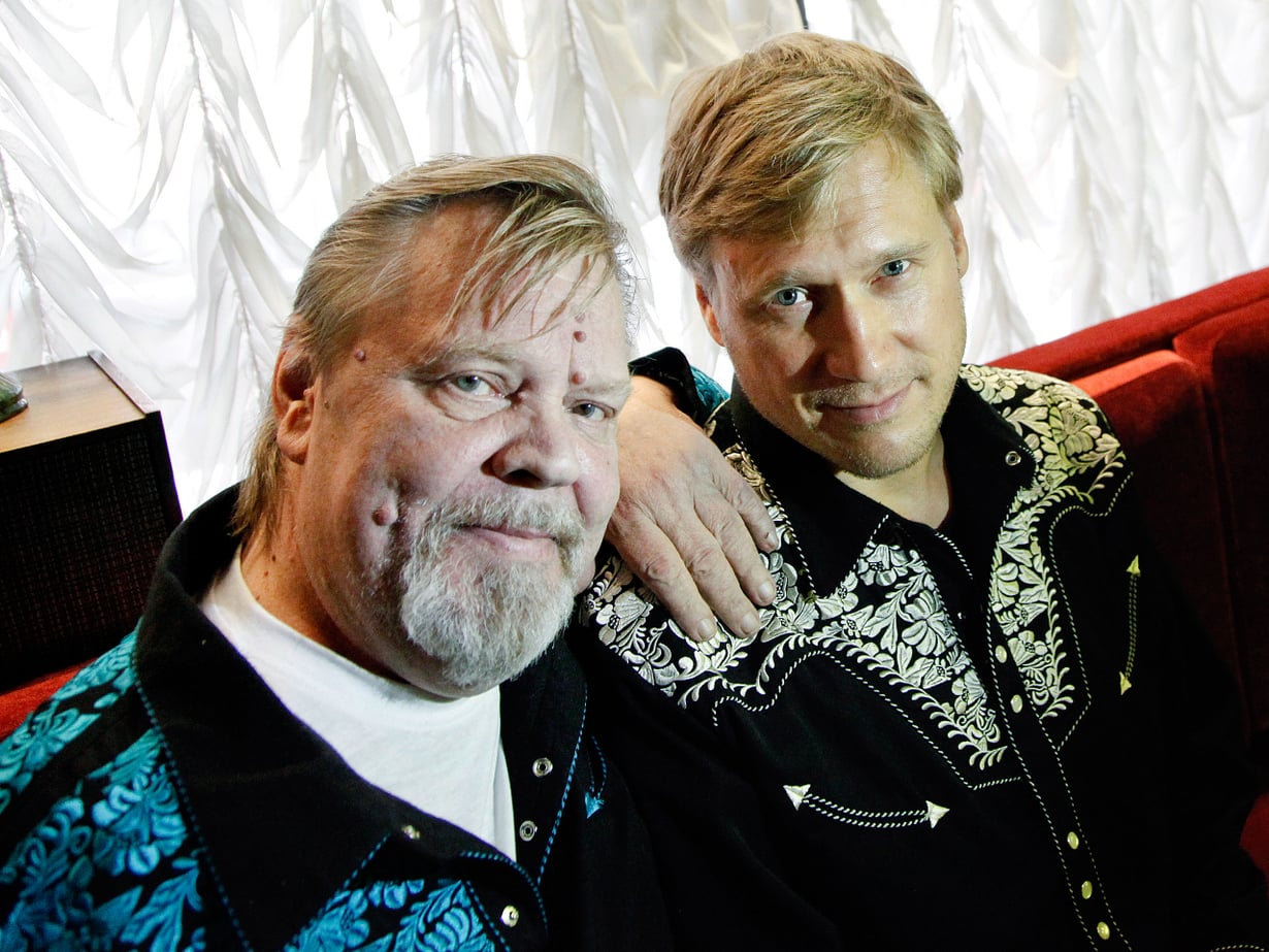 Vesku ja Samuli tähdittivät Vain elämää -sarjaa viime vuonna.