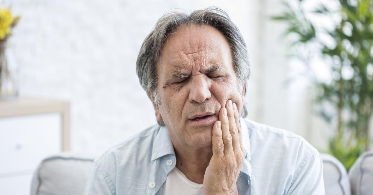 Hampaan Vihlominen