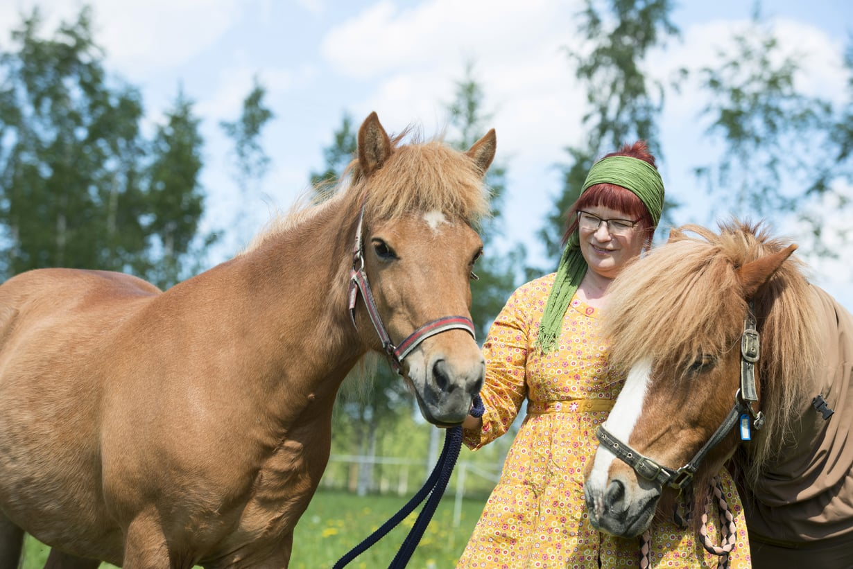 """""""Tango ja Loa eivät erottele ihmisiä terveisiin ja sairaisiin. Ne hyväksyvät meidät sellaisina kuin olemme"""", Ulla Linjama-Lehtinen sanoo."""