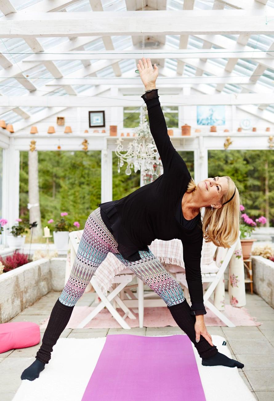 – Elämäntaidon valmennuskurssilta löysin hengityksen voiman ja joogan, Marion kertoo.