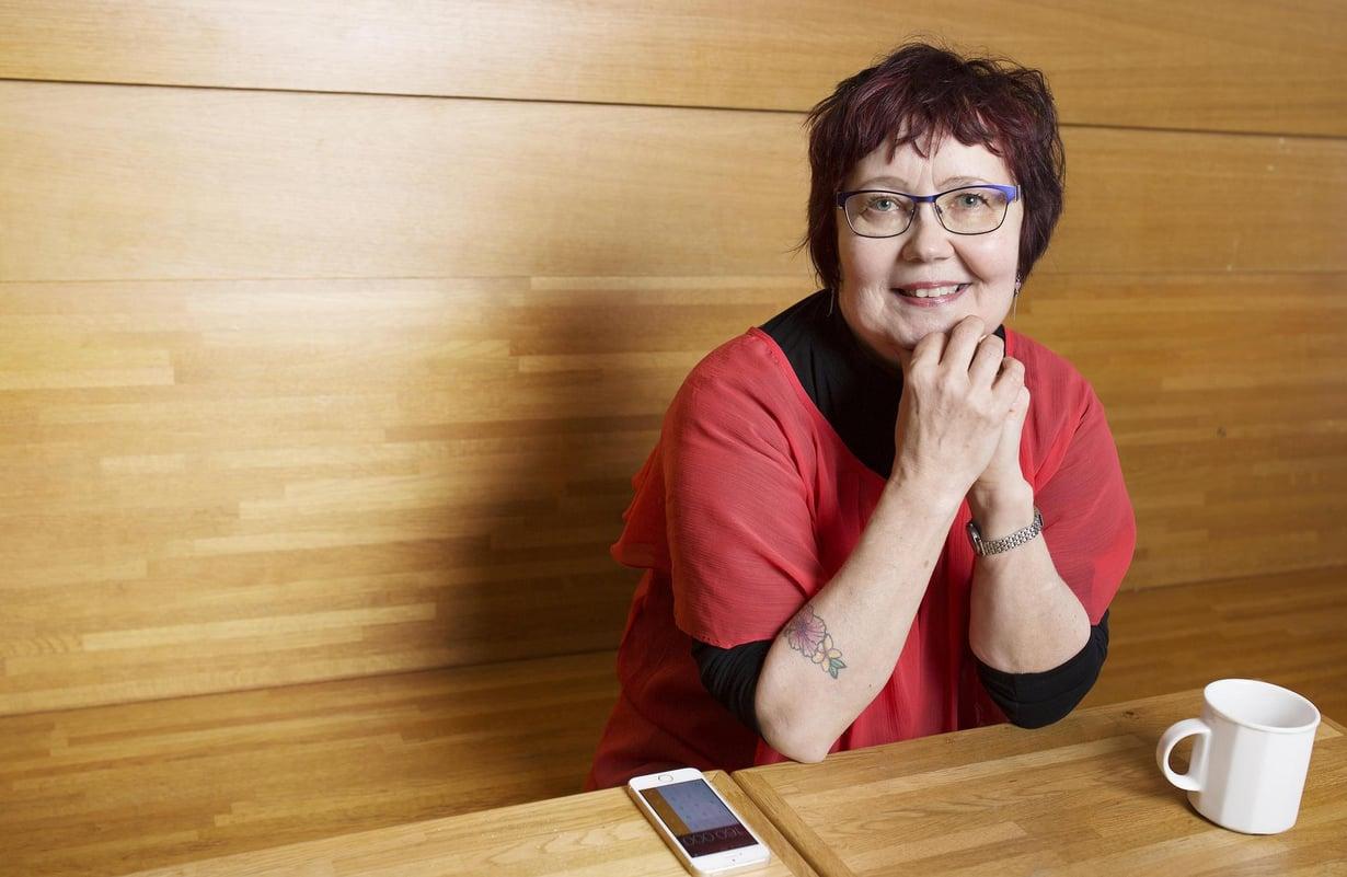 Viime hetkellä ennen matkaa otettu vakuutus koitui Helena Lylyharjun  onneksi.