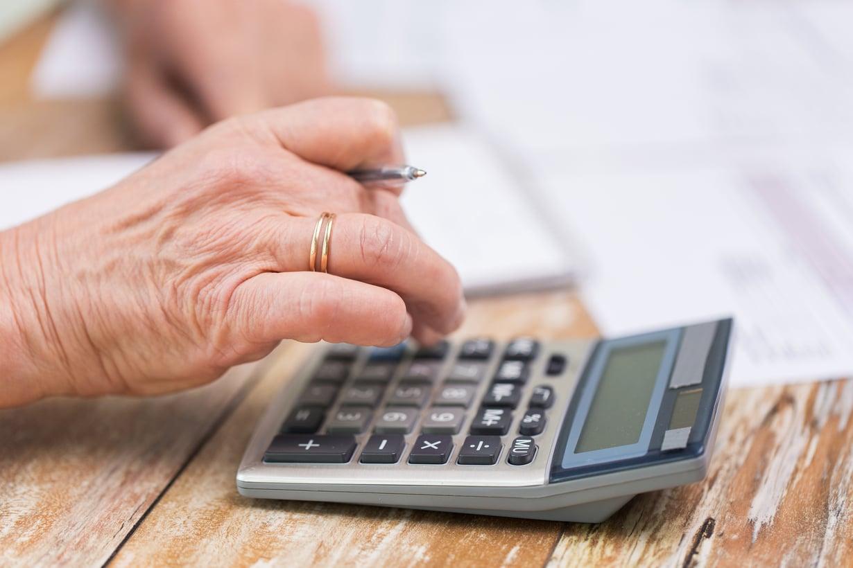 Suomalaisen keskimääräinen kokonaiseläke kuukaudessa on Eläketurvakeskuksen mukaan1531 euroa.