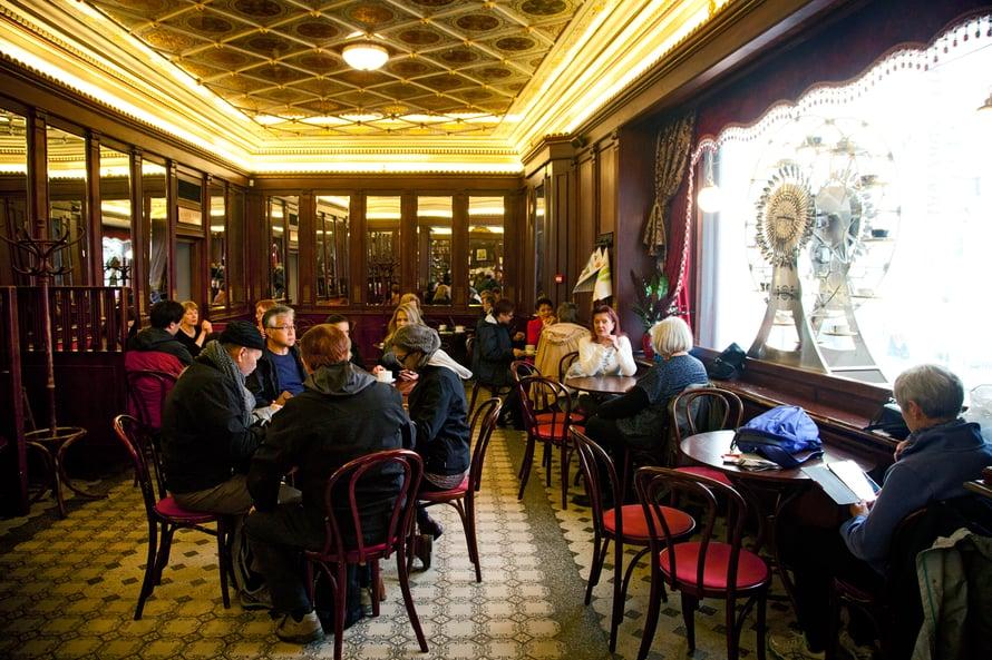Maiasmokk on Tallinnan vanhin kahvila.