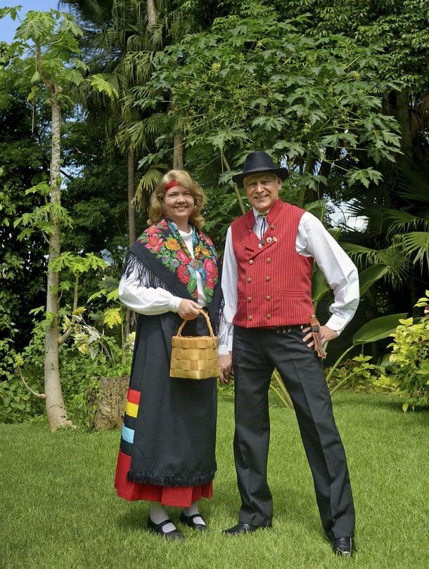 Inga Hohenthal ja hänen miehensä Alfredo ovat perustaneet tanhuryhmän Penedoon.
