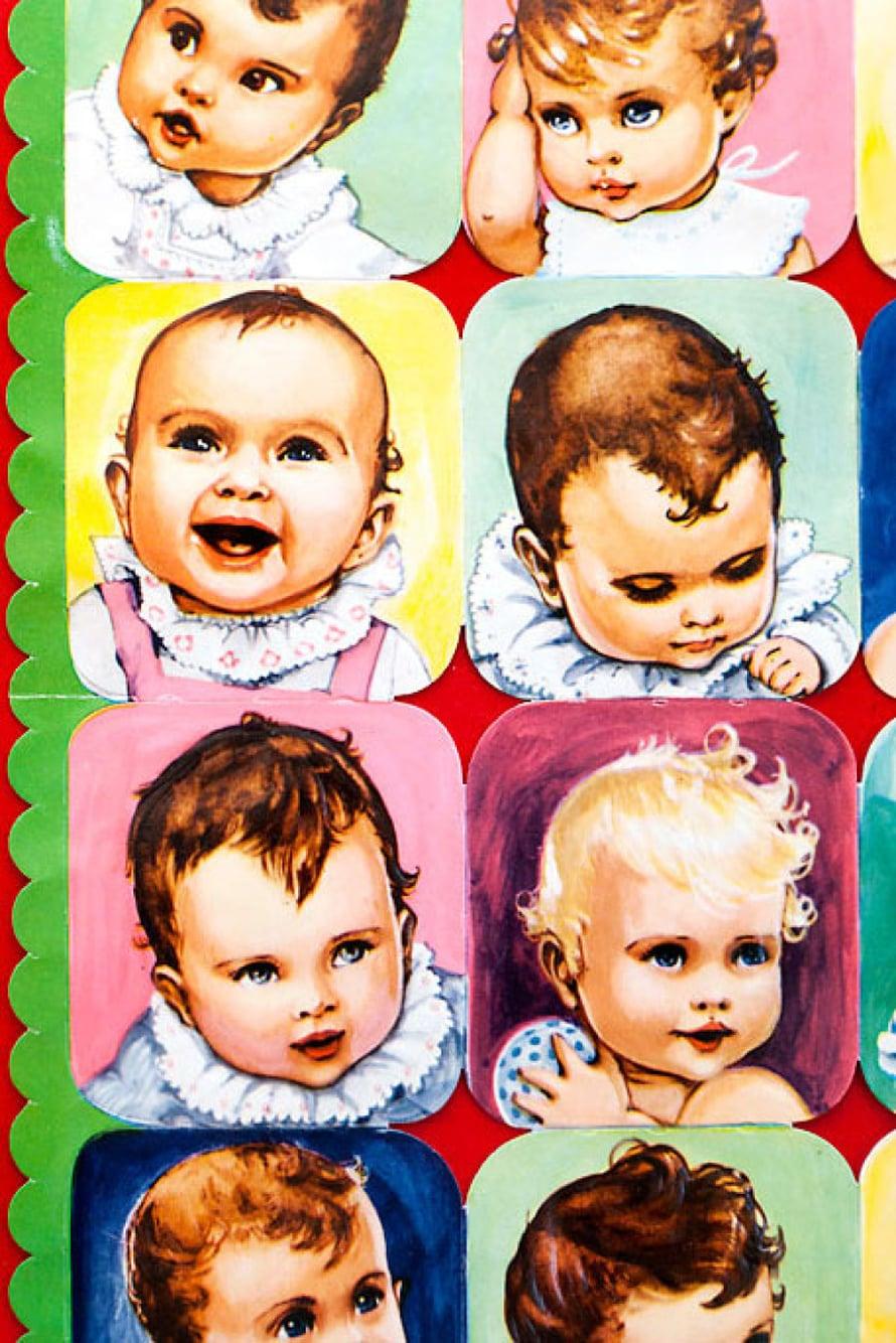 Evalisa Agathonin 1950-luvun pyöreän pehmeitä vauvakiiltokuvia.