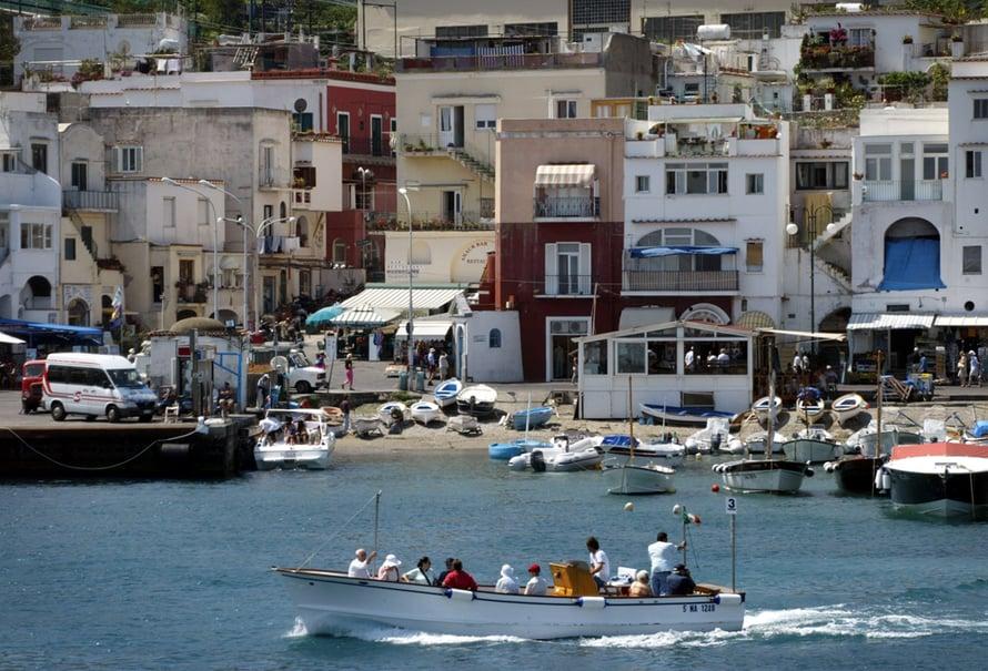 Jaakko Selinin mukaan Italian Capri on yksi parhaimmista lomakohteista yksin matkustavalle, etenkin naiselle.