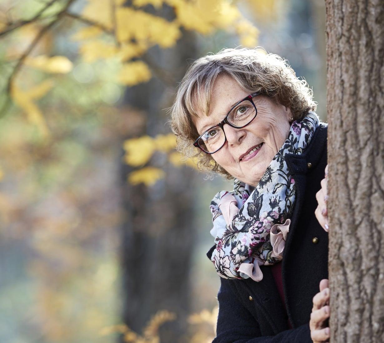 """""""Vaikka aivoinfarkti ei jättänyt mitään rajoitteita, muisto tapahtuneesta pysyy minussa kuin arpi"""", Virpi Häyrinen sanoo."""