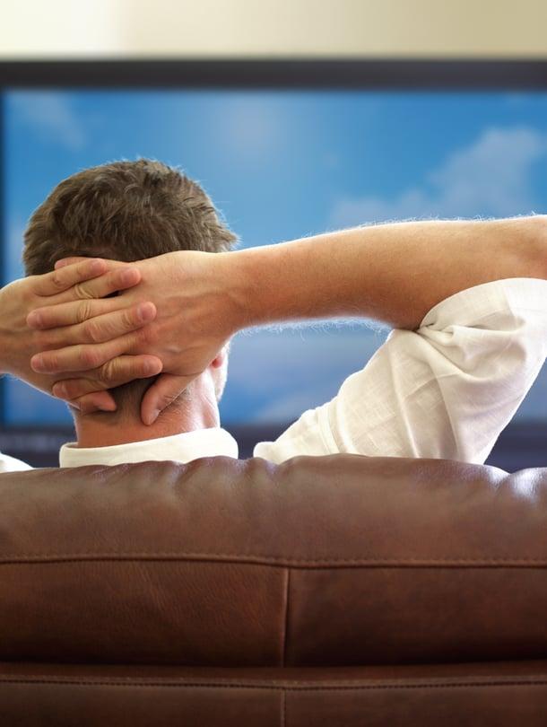 Lantionpohjan lihaksia voi treenata vaikka telkkaria katsoessa.