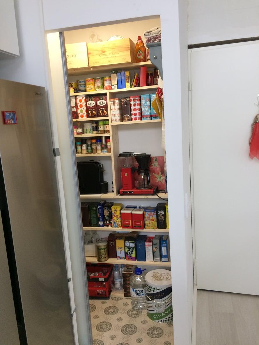 Pantry eli ruokavarasto on päässyt heti koronahommiin.
