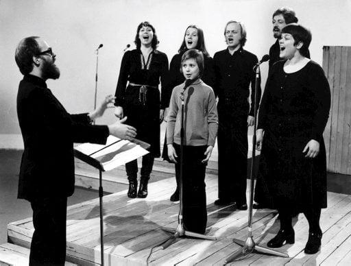 Agit Prop etsi laulajaa Sinikka Sokan tilalle ja valitsi Liisa Tavin. Kuva vuodelta 1976, Sanoma-arkisto.