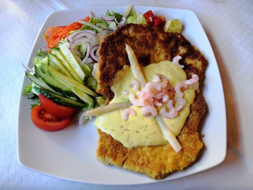 El Lobo Negro -ravintolan ruokia Fuengirolassa on ikävä.