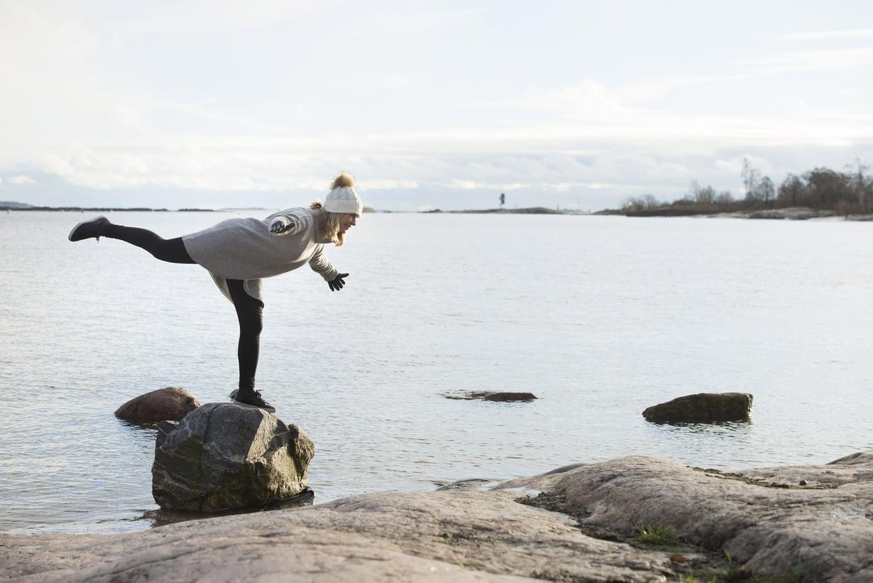 Anna Yli-Kyyny vaihtoi kovatempoisen liikunnan lempeämpiin lajeihin kuten pilatekseen, kävelyyn ja uintiin. Terveys ja elämänlaatu kohenivat.