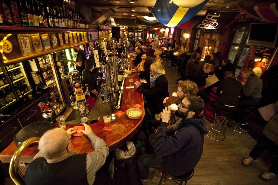 Oliver Twist ja Akkurat muodostavat Södermalmin olutkulttuurin kivijalan.