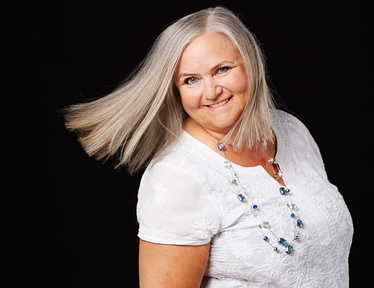 Sari Ellmén, 60.