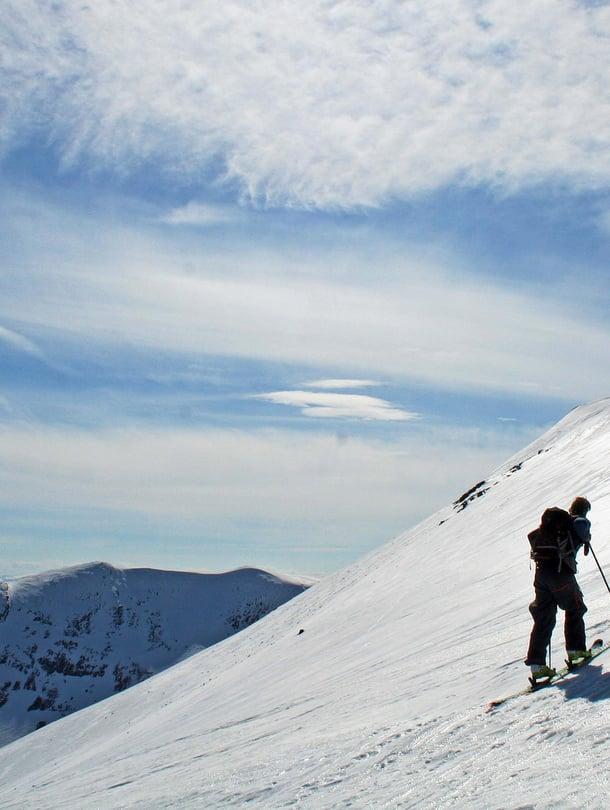 Riksgränsen on maailman pohjoisin hiihtokeskus.
