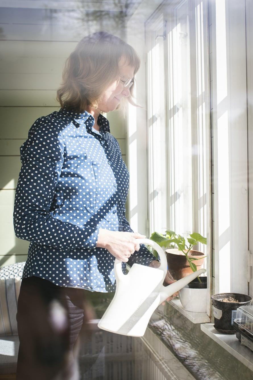 Puutarhanhoito on Minna Halmeen rakas harrastus.